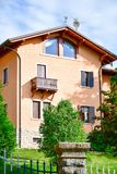 Casa en San Zeno di Montagna, Italia foto de archivo