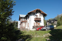 Casa en Stary Smokovec. Imagenes de archivo