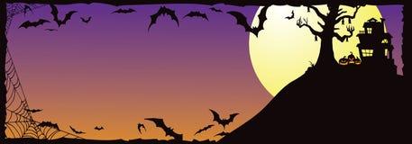 Casa encantada de Halloween en la colina con Bats_A stock de ilustración