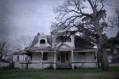 Casa encantada vieja fantasmagórica en América rural Fotografía de archivo