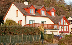Casa escocesa moderna Fotos de Stock Royalty Free