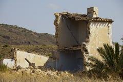 Casa española arruinada Foto de archivo