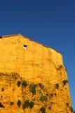 Casa espanhola amarela Fotos de Stock Royalty Free