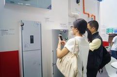 Casa esperta internacional de Shenzhen e expo inteligente do hardware Fotografia de Stock