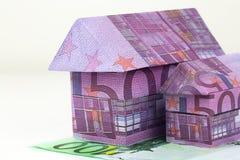 Casa euro de los billetes de banco Imagenes de archivo