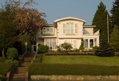 Casa européia de gama alta Imagem de Stock Royalty Free