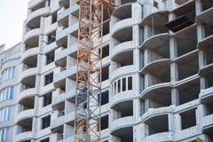 Casa europea non finita del mattone, ancora in costruzione Concetto della costruzione Immagine Stock Libera da Diritti