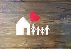 Casa, familia, corazón fotografía de archivo