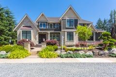 Casa feito por encomenda Imagem de Stock Royalty Free
