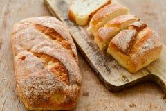 A casa fez o pão italiano do ciabatta, fotos de stock