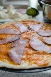 A casa fez a pizza com soda Foto de Stock