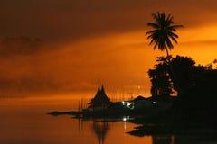 Casa flotante del estilo tailandés Fotografía de archivo libre de regalías