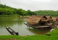 Casa flotante en Tailandia Imagen de archivo