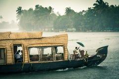 Casa flutuante de Kerala foto de stock royalty free
