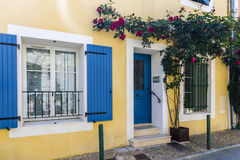 Casa francese gialla Fotografia Stock