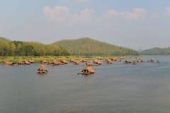 Casa galleggiante di stagione Immagini Stock Libere da Diritti