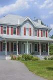 Casa grande en un día asoleado Fotografía de archivo