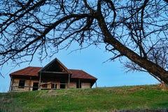 Casa húngara vieja abandonada 2 fotografía de archivo libre de regalías