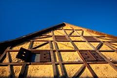Casa Half-Timbered tradicional imagens de stock