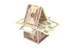 Casa hecha de billetes de dólar Foto de archivo libre de regalías