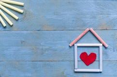 Casa hecha de tiza Fotografía de archivo libre de regalías