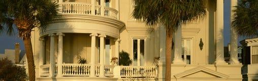 Casa histórica na rua da bateria em Charleston, SC Foto de Stock