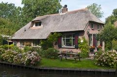 Casa holandesa tradicional Imágenes de archivo libres de regalías