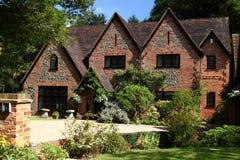 Casa inglesa da mansão Fotos de Stock Royalty Free