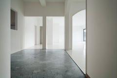 Interior blanco del apartamento imágenes de archivo libres de regalías