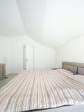 Casa interna e moderna, camera da letto Immagine Stock