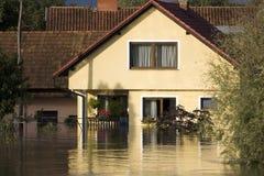 Casa inundada imágenes de archivo libres de regalías