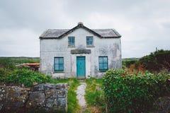 Casa irlandesa, Aran Islands Fotos de archivo libres de regalías