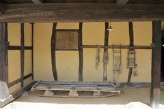 Casa japonesa em forma de L imagem de stock royalty free