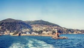 Casa leggera dal mare, costa degli ischi isola, Italia Fotografia Stock Libera da Diritti