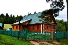 Casa in legno Fotografia Stock Libera da Diritti