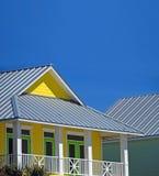 Casa litoranea gialla Fotografia Stock Libera da Diritti