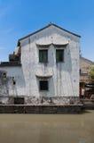 Casa locale dal canale a Suzhou Fotografie Stock