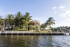 Casa luxuoso da margem no Fort Lauderdale Foto de Stock