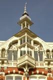 Casa majestuosa vieja con la torreta Imagenes de archivo