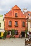 Casa medieval en la ciudad de Cesky Krumlov, República Checa imágenes de archivo libres de regalías