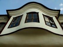 Casa medieval en la vieja parte de la ciudad de los arquitectos del restaurante y del club de Shumen fotos de archivo libres de regalías