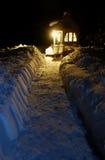 Casa minúscula de la nieve profunda Foto de archivo libre de regalías