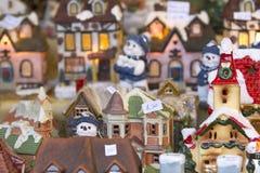 Casa miniatura decorativa Imágenes de archivo libres de regalías