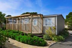 Casa mobile in un campeggio Immagine Stock Libera da Diritti