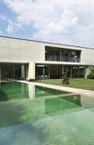 Casa moderna ao ar livre Imagens de Stock