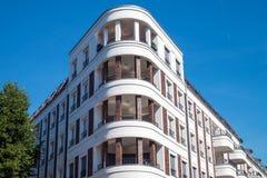 Casa moderna con gli appartamenti Fotografie Stock