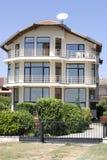 Casa moderna della famiglia Immagini Stock