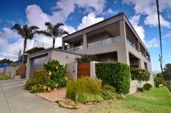 Casa moderna en el área de Rose Bay Street sydney Paisaje de la ciudad Fotos de archivo libres de regalías