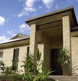 Casa moderna en las zonas tropicales Imagen de archivo