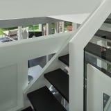 Casa moderna, escalera Imagen de archivo